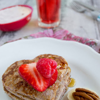 Flourless Berry Banana Pancakes