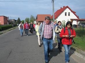 Photo: Z Czeszewa ruszyliśmy do Pogorzelicy, z początku szosą, a później wałem przeciwpowodziowym wzdłuż biegu Warty.