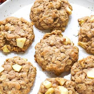 Easy Chewy Apple Oatmeal Cookies.