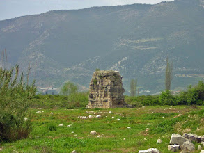Photo: Limyra, Cenotaph of Gaius Ceasar stripped of its marble plaques .......... Limyra, Cenotaaf van Gaius Ceasar ontdaan van zijn marmeren bekleding.