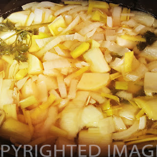 Slow Cooker French Leek And Potato Soup.