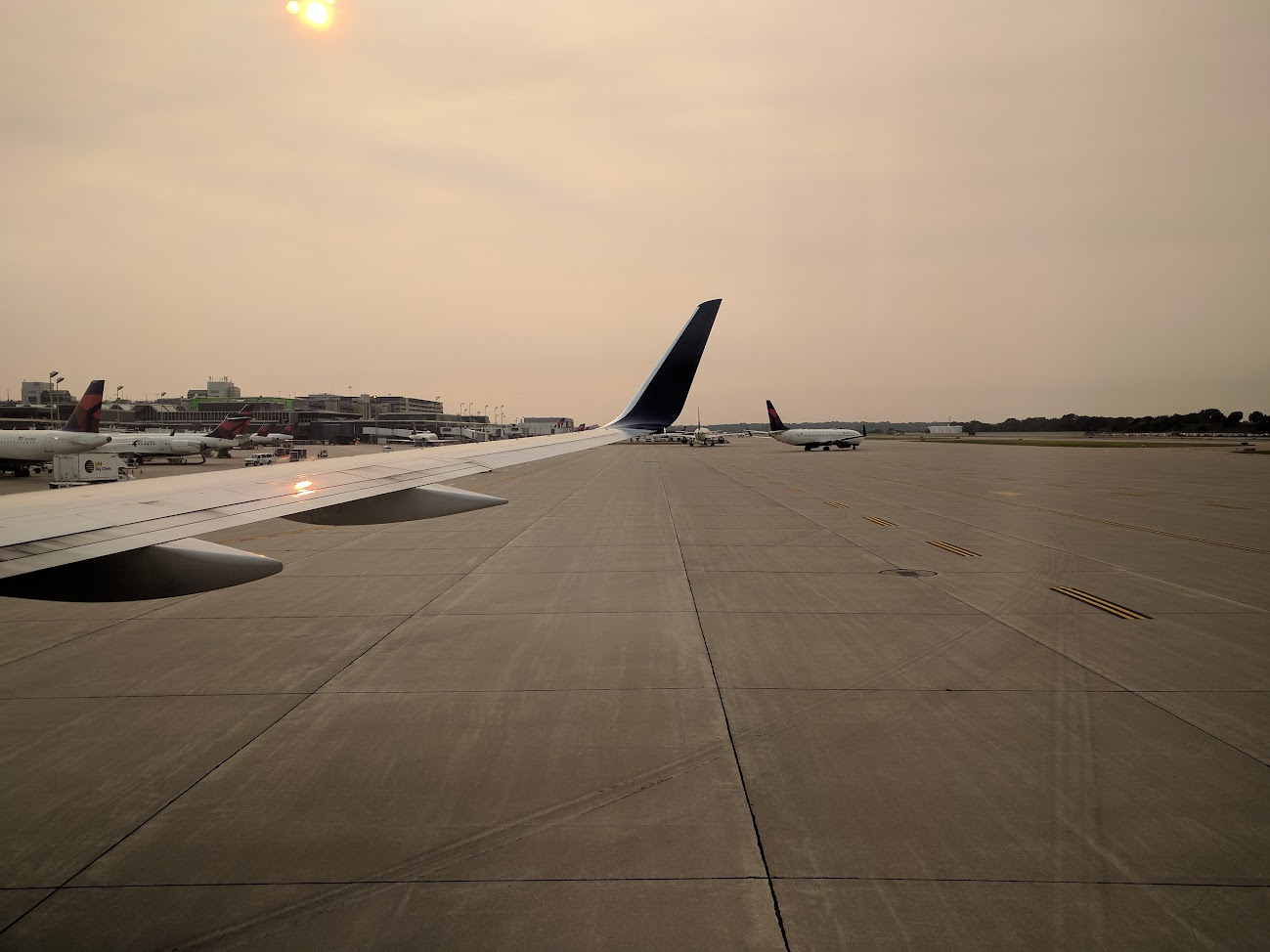 Review of Delta Air Lines flight from Minneapolis to Detroit