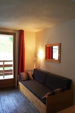 Photo: Salon d'un STUDIO 4 personnes de la résidence Castor & Pollux à Risoul - ALPES DU SUD