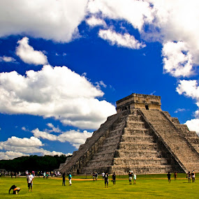 Pyramid De Kukulcan... by Avishek Patra - Buildings & Architecture Public & Historical ( cancun, new seven wonders, kukulkan, pyramid, mexico, travel, maya, historic, ancient, seven wonder, chichen itza, ruins, yucatan, mayan,  )