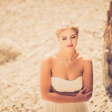 Wedding photographer Ekaterina Baturina (Katika). Photo of 30.09.2014