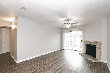 Go to B Renovated - 2 Bed, 2 Bath Floorplan page.