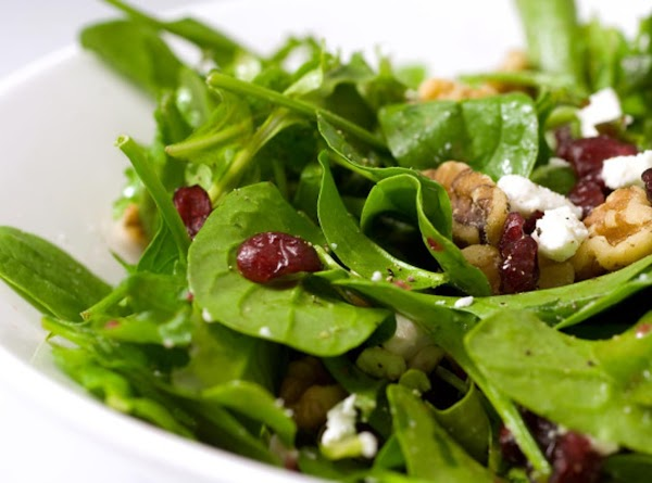 Spinach Salad With Cranberries And Walnuts Recipe