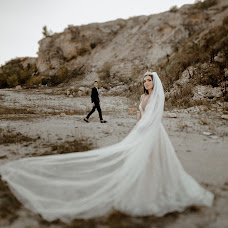 Wedding photographer Dorin Katrinesku (IDBrothers). Photo of 18.09.2018