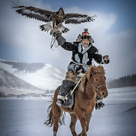 Eagle Festival in Mongolia. 2016 by Steel Hero - People Portraits of Men