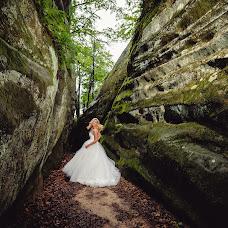 Wedding photographer Oleksandr Yakonyuk (Sanni). Photo of 19.09.2016