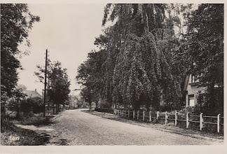 Photo: Hoofdstraat, kaartje uit 1949