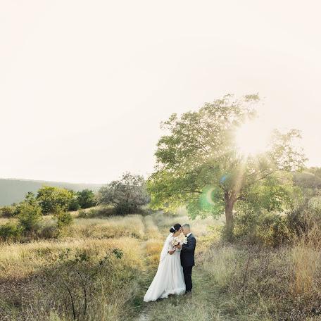 Wedding photographer Nikolay Marusyak (NIKU). Photo of 08.12.2017