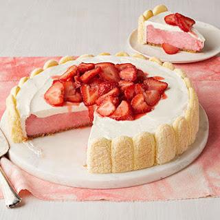 Fresh Strawberry Shortcake Cheesecake