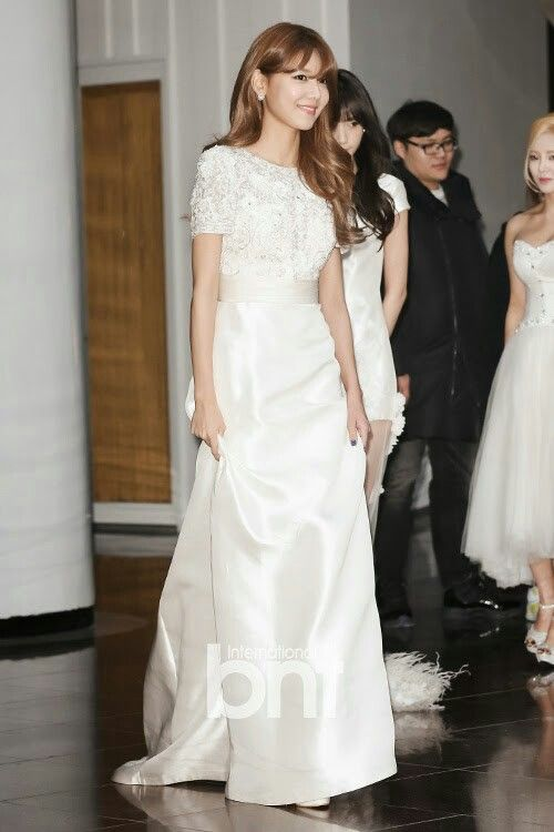 sooyoung gown 7