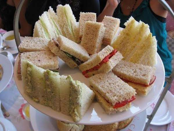 Fran's Chicken Salad Sandwiches