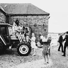 Wedding photographer Mark Wallis (wallis). Photo of 25.07.2018