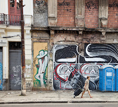 Photo: South America has the coolest street art everywhere  This photo was shot in the Lapa district of Rio de Janiero, site of the famous Escada Seleron.  I've noticed my eye drawn to streetart photos on #streetartsunday with a human element in them, so I wanted to start sharing more of my own photos featuring people. This one is from the archives... a 2010 trip to Brazil.  #streetartsunday curated by +Luís Pedro +Mark Seymour   #brazil #brasil #streetart #graffiti