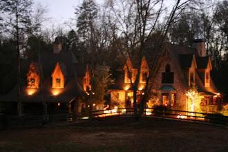Photo: Barn / House Together