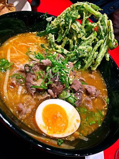 泰式重口味,湯頭其實味道不錯,就跟日式拉麵差不多價格,可能不知道吃什麼或沒吃過都可以考慮的。