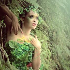 Poison by Posh Art - People Fashion ( #posh #art #conceptual #poshart #tyo )