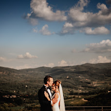 Fotografo di matrimoni Mirko Turatti (spbstudio). Foto del 10.12.2018