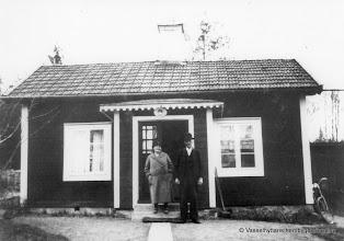Photo: Ingelsgruvan-Gustavsberg-fröhandlare August Persson med fru Alma 1940