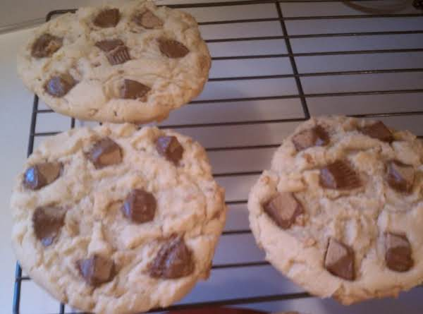 Giant Peanut Butter Cup Cookies Recipe