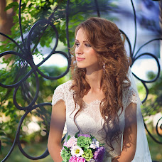 Wedding photographer Alena Goldabenkova (bublik93). Photo of 17.02.2016