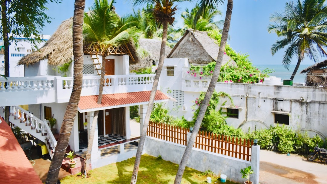 The Beach Hive Guest House - Defined by nature - Refined by us