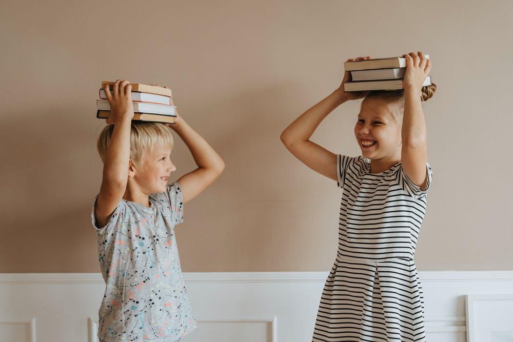 Tạo môi trường tiếng Anh cho trẻ giúp trẻ phát triển tiếng anh | ELSA Speak