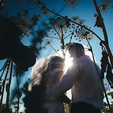 Wedding photographer Darya Nesterovskaya (DariaN). Photo of 15.08.2014