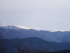 左に能郷白山、右に姥ヶ岳