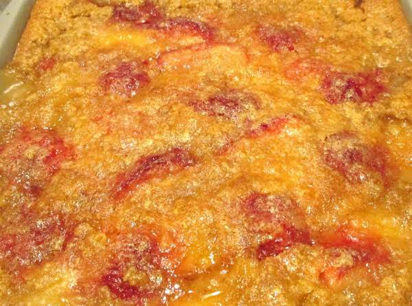 Peaches & Cream Strawberry Cobbler Recipe