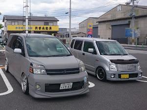 ヴォクシー AZR60G 中期のカスタム事例画像 ボロクシー山田さんの2021年05月03日13:27の投稿