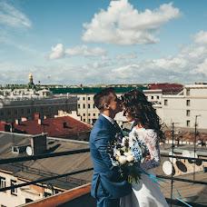 Wedding photographer Liza Medvedeva (Lizamedvedeva). Photo of 07.07.2015