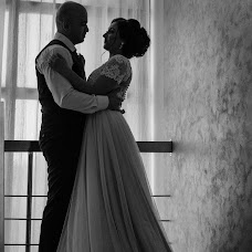 Wedding photographer Aleksandr Levchenko (Casibosh). Photo of 26.02.2018