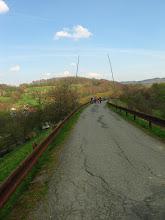 Photo: Nasyp železnice aspoň poslúžil na výstavbu cesty