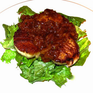 Scallops with an Apricot Grill Sauce