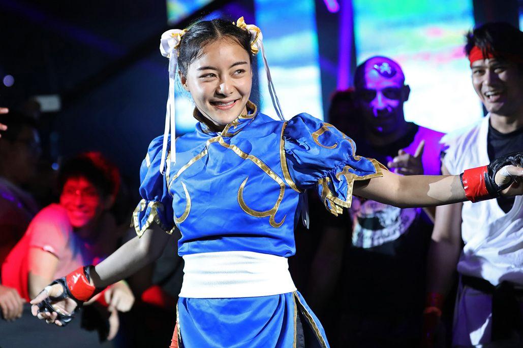 Đối với Rika, cosplay là một cách thể hiện bản thân và là một cách giảm căng thẳng hiệu quả
