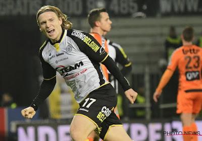 🎥 OFFICIEEL: Hupperts (ex-Lokeren) kiest voor symbolische club in de Eredivisie