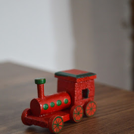 that toy by Patrik Voicu - Artistic Objects Toys ( toy, little )