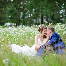 Wedding photographer Ekaterina Zmeeva (Tvoymir). Photo of 14.07.2015