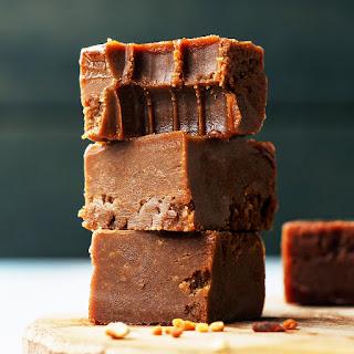 4-Ingredient Vegan Nutella Fudge Recipe