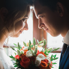 Wedding photographer Vyacheslav Svirskiy (Slavaaapost). Photo of 16.12.2016