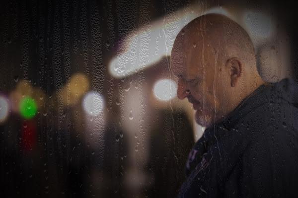Malinconici pensieri in una notte fredda e piovosa di zsim67