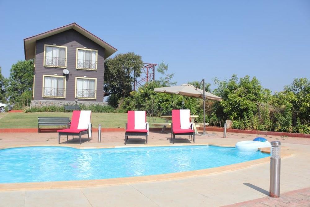 romantic-staycation-properties-mumbai_jenjong_resort