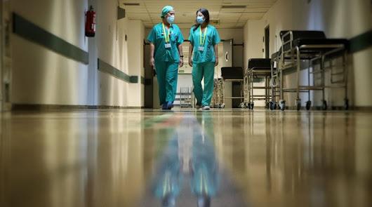 El coronavirus vuelve a ser mortal en Almería: dos fallecidos y 68 positivos hoy