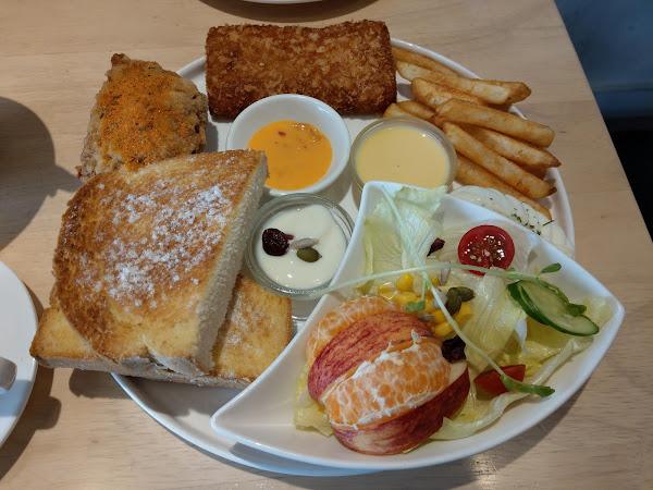 6吋盤早午餐~平價早午餐