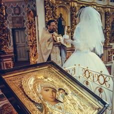 Wedding photographer Sergey Salmanov (photosharm). Photo of 13.10.2018