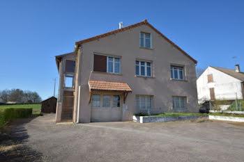 maison à La Chapelle-au-Mans (71)
